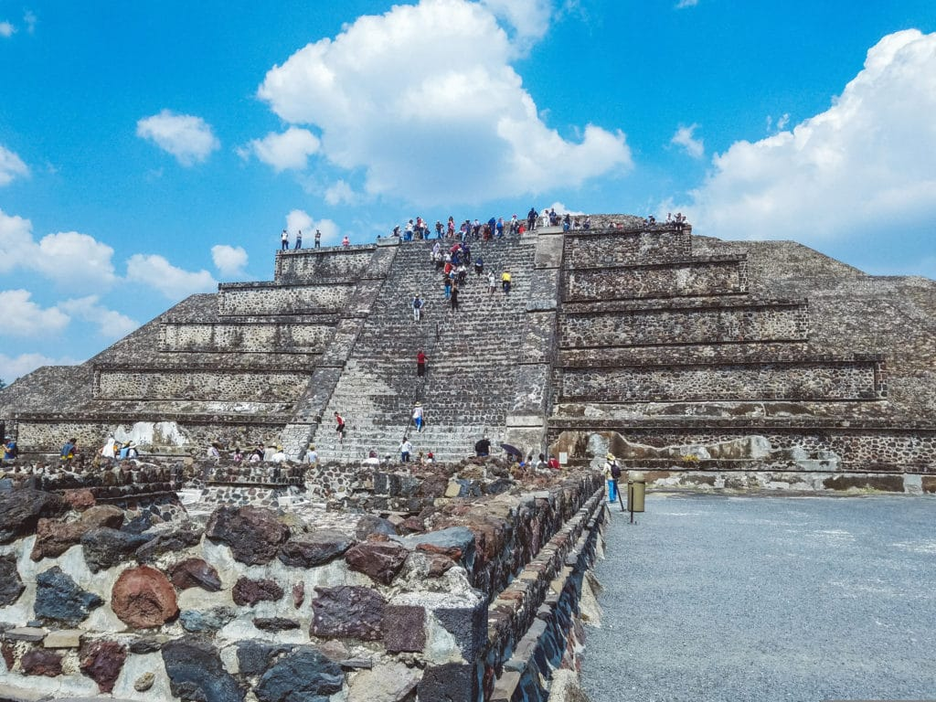 One Day in Mexico city - Teotihuacan