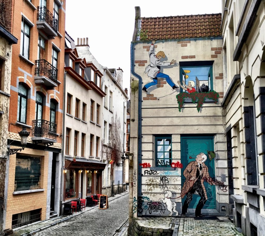 Belgian Comic Strip Walk in Brussels