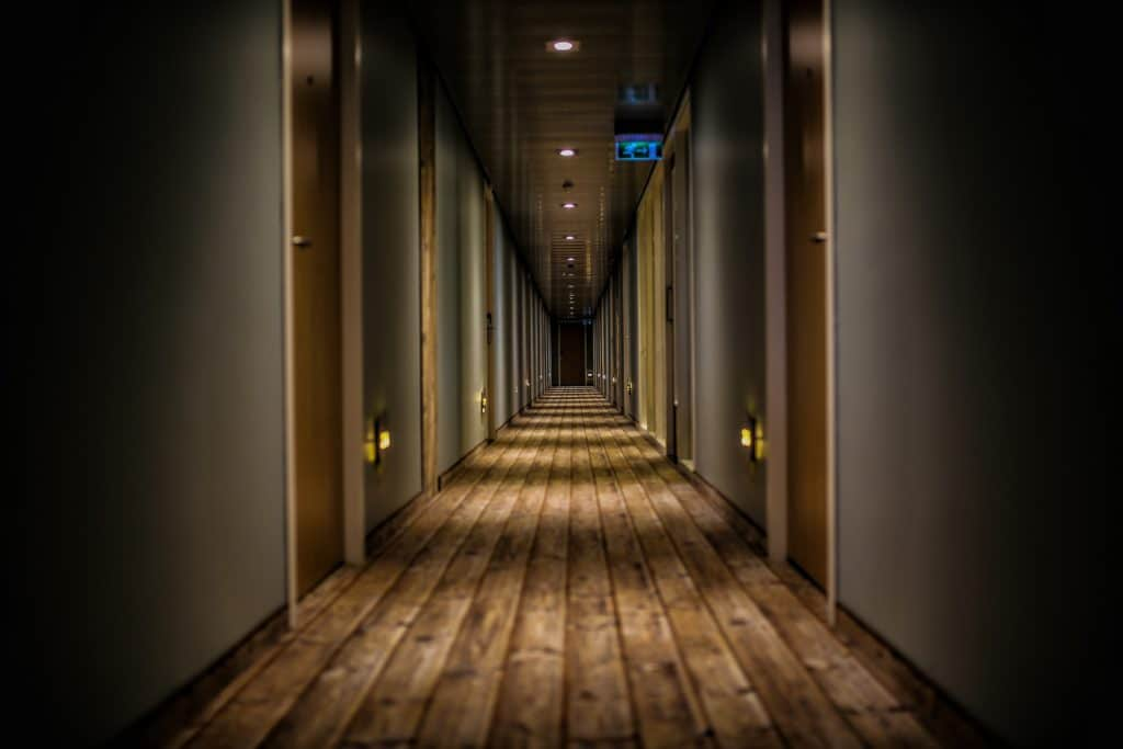 Travel pet peeves - hotel hallway