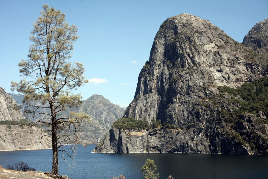 Hetch Hetchy Reservoir Yosemite ````