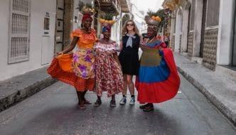 Women with fruit in Cartagena
