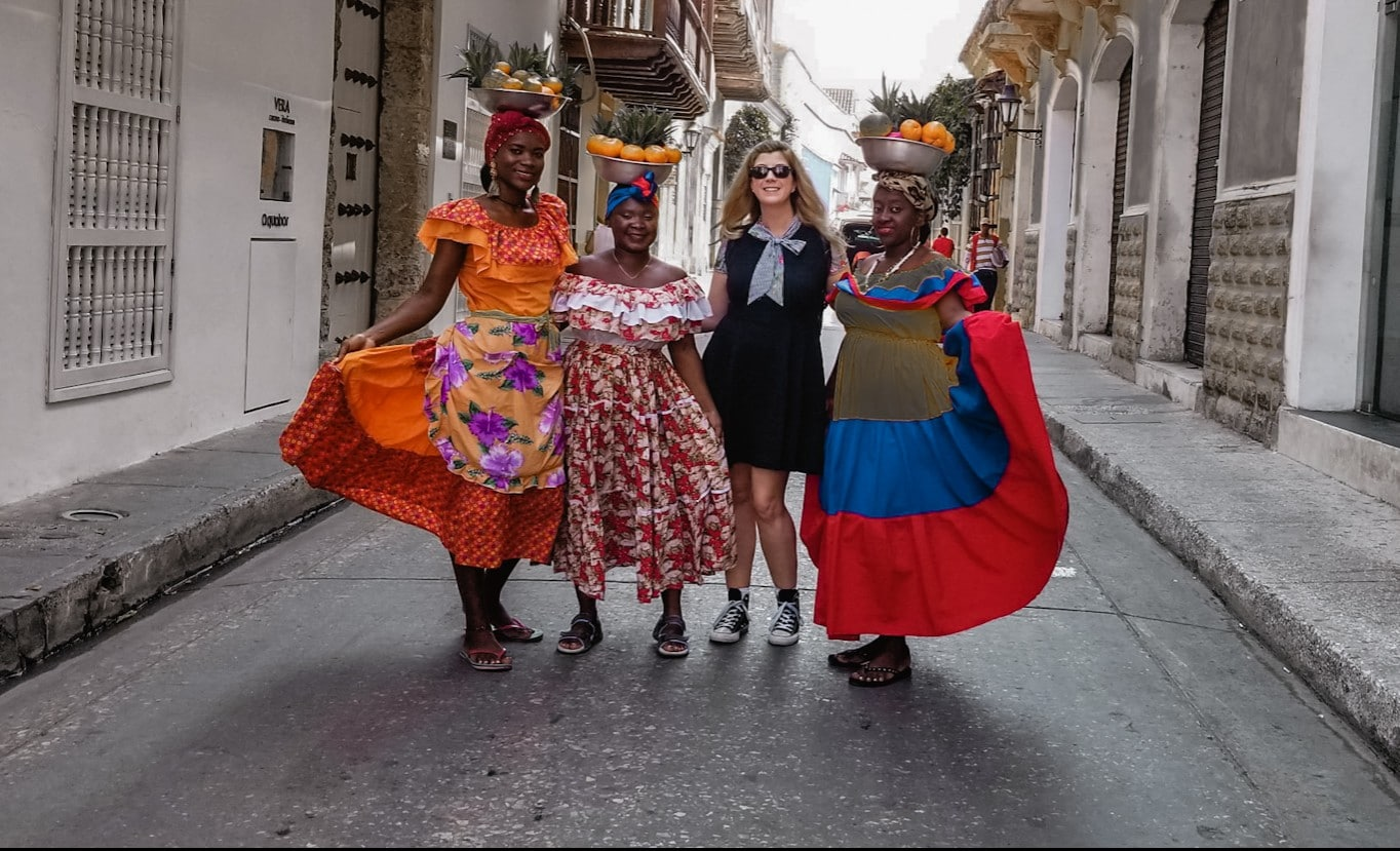 Women with fruit in Cartagena