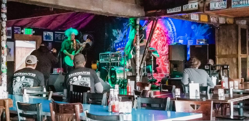 Melvins sound check at Pappy and Harriet's in Pioneertown