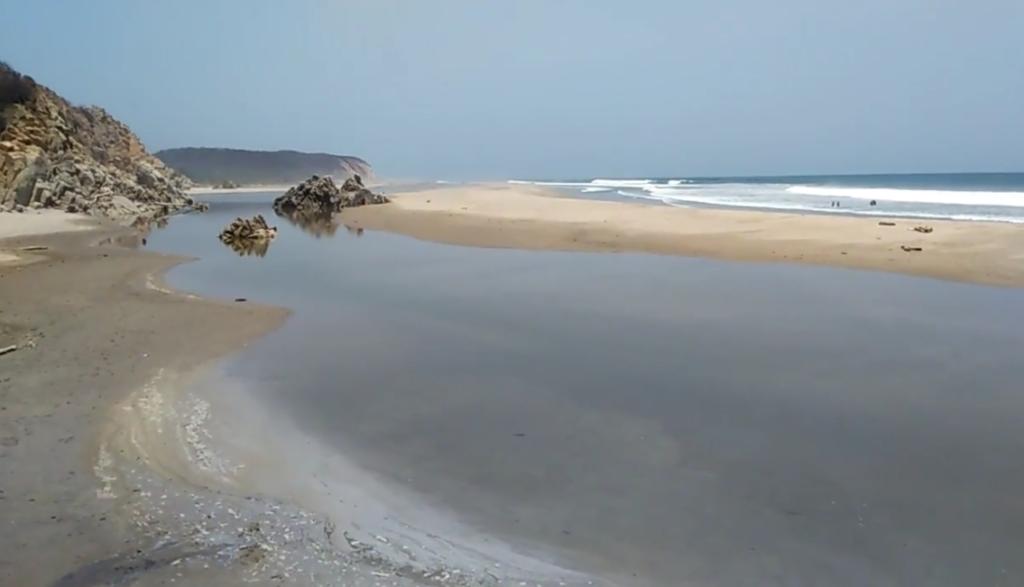 Playa La Bocana Huatulco