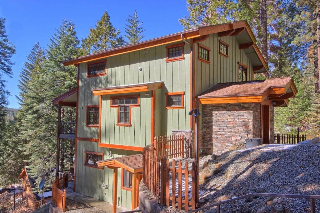 Yosemite Cabins AirBnB