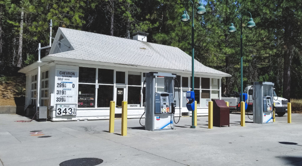 Yosemite National Parks - Gas Station at Wawona