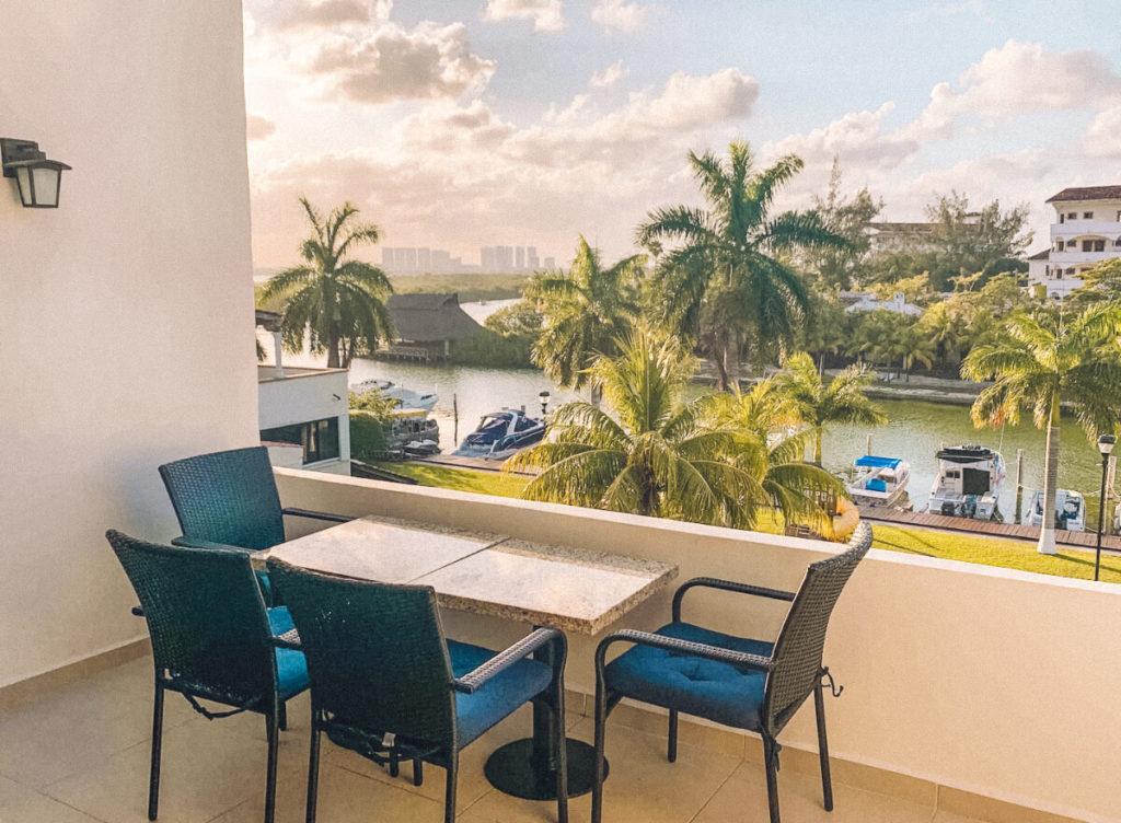 Luxury Condo in Cancun Mexico